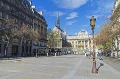 Άποψη του παρεκκλησιού Άγιος-Chapelle από το τετράγωνο του Louis LE Στοκ Εικόνα