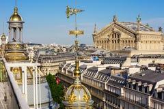Άποψη του Παρισιού από τη στέγη του πολυκαταστήματος Printemps Στοκ φωτογραφία με δικαίωμα ελεύθερης χρήσης