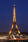 Άποψη του Παρισιού και του πύργου Άιφελ. Ο πύργος του Άιφελ είναι πιό πολύ Στοκ Φωτογραφίες