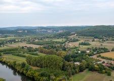 Άποψη του ποταμού Dordogne και της κοιλάδας Dordogne από τους τοίχους της παλαιάς πόλης Domme, Dordogne, στοκ φωτογραφίες με δικαίωμα ελεύθερης χρήσης