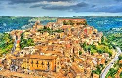 Άποψη του Ραγκούσα, μια πόλη κληρονομιάς της ΟΥΝΕΣΚΟ στη Σικελία, Ιταλία Στοκ Εικόνες
