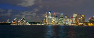 Άποψη του Σίδνεϊ και του λιμανιού Στοκ Εικόνες