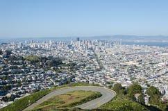 Άποψη του Σαν Φρανσίσκο από τις δίδυμες αιχμές Στοκ εικόνες με δικαίωμα ελεύθερης χρήσης