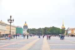 Άποψη του τετραγώνου παλατιών στοκ εικόνες με δικαίωμα ελεύθερης χρήσης