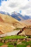 Άποψη του φαραγγιού Kali Gandak βουνών Νεπάλ Τα βουνά Himalayan Στοκ Φωτογραφίες