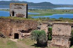 Άποψη του φράγματος Alqueva από το κάστρο Mourão Στοκ εικόνα με δικαίωμα ελεύθερης χρήσης