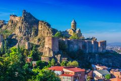 Άποψη του φρουρίου Narikala στο Tbilisi, η κύρια Γεωργία στοκ εικόνες