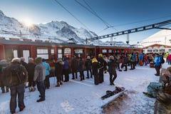 Άποψη του χιονοδρομικού κέντρου Jungfrau Wengen στην Ελβετία στοκ εικόνες
