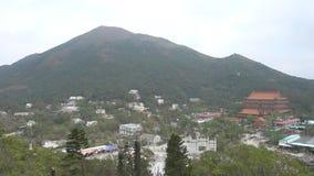 Άποψη του χωριού ναών μεταλλικού θόρυβου Ngong από το μεγάλο Βούδα απόθεμα βίντεο