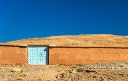 Άποψη του χωριού Bou Tharar Μαρόκο, η κοιλάδα των τριαντάφυλλων Στοκ Εικόνες