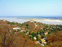 Άποψη του λόφου Sagaing Στοκ Εικόνες