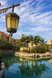 Άποψη του Al Άραβας Burj ξενοδοχείων από το παζάρι Madinat Jumeirah Στοκ εικόνες με δικαίωμα ελεύθερης χρήσης
