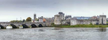 Άποψη του Castle του John βασιλιάδων, πεντάστιχο, Ιρλανδία στοκ φωτογραφίες