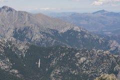 Άποψη του sailplane πέρα από τα βουνά Στοκ φωτογραφίες με δικαίωμα ελεύθερης χρήσης