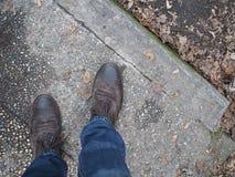 Άποψη το των παπουτσιών ατόμων ` s Στοκ φωτογραφία με δικαίωμα ελεύθερης χρήσης