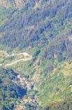 Άποψη των βουνών στη διαδρομή Pico Ruivo - Encumeada, νησί της Μαδέρας, Πορτογαλία, Ευρώπη Στοκ εικόνες με δικαίωμα ελεύθερης χρήσης