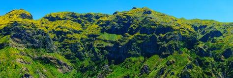 Άποψη των βουνών στη διαδρομή Encumeada - Boca de Corrida, νησί της Μαδέρας, Πορτογαλία, Ευρώπη Στοκ Εικόνες