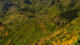 Άποψη των βουνών στη διαδρομή Encumeada - Boca de Corrida, νησί της Μαδέρας, Πορτογαλία, Ευρώπη Στοκ εικόνα με δικαίωμα ελεύθερης χρήσης