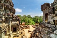 Άποψη των καταστροφών του αρχαίου TA Keo από την κορυφή του ναού, Καμπότζη Στοκ εικόνες με δικαίωμα ελεύθερης χρήσης
