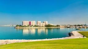Άποψη των μύλων αλευριού σε Doha, η πρωτεύουσα του Κατάρ Στοκ φωτογραφία με δικαίωμα ελεύθερης χρήσης