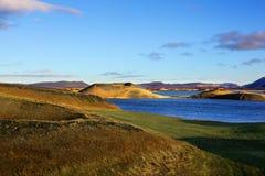 Άποψη των νησιών της λίμνης Myvatn Ισλανδία Στοκ Φωτογραφίες