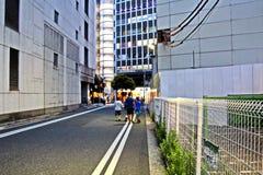 Άποψη των οδών και των τετραγώνων κατά τη διάρκεια της ημέρας και της νύχτας, η πόλη του Τσίμπα, Ιαπωνία στοκ φωτογραφία με δικαίωμα ελεύθερης χρήσης