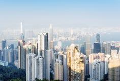 Άποψη των ουρανοξυστών στην πόλη Χονγκ Κονγκ από την αιχμή Βικτώριας Στοκ εικόνες με δικαίωμα ελεύθερης χρήσης