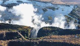 Άποψη των πτώσεων από ένα ύψος της πτήσης πουλιών πτώσεις Βικτώρια Εθνικό πάρκο mosi-OA-Tunya Zambiya και περιοχή παγκόσμιων κληρ Στοκ εικόνα με δικαίωμα ελεύθερης χρήσης