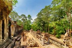 Άποψη των στοών και καταστροφές του αρχαίου ναού TA Keo σε Angkor Στοκ Εικόνες