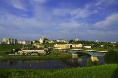 άποψη των σωστών όχθεων του ποταμού Neman, η πόλη Γκρόντνο, η Δημοκρατία της Λευκορωσίας Στοκ Φωτογραφία