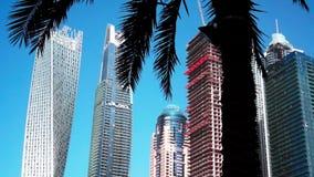 Άποψη των σύγχρονων ουρανοξυστών στη μαρίνα του Ντουμπάι στο Ντουμπάι, Ε.Α.Ε. απόθεμα βίντεο