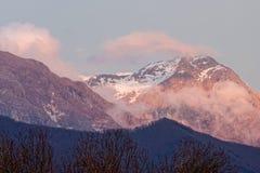 Άποψη των apuan ορών Στοκ φωτογραφία με δικαίωμα ελεύθερης χρήσης