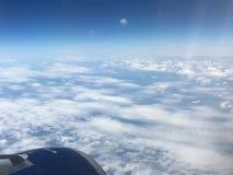 Άποψη φτερών από ένα αεροπλάνο Στοκ Εικόνα