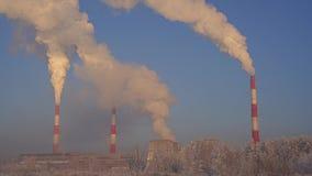 Άποψη χειμερινών βιομηχανική τοπίων απόθεμα βίντεο