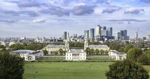 Άποψη χρονικού σφάλματος του παλαιού βασιλικού ναυτικού κολλεγίου και του σπιτιού βασίλισσας ` s στο Γκρήνουιτς, Λονδίνο απόθεμα βίντεο