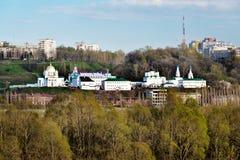 Άποψη Annunciation του μοναστηριού σε Nizhny Novgorod Στοκ Εικόνες