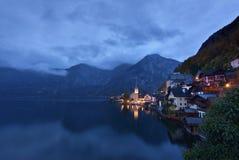 Άποψη Hallstatt πριν από την αυγή, Αυστρία στοκ φωτογραφίες με δικαίωμα ελεύθερης χρήσης