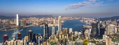 Άποψη Kong από την αιχμή Βικτώριας στον κόλπο και τον ουρανοξύστη στοκ εικόνες