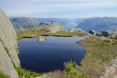 Άποψη 064 Lysefjord ο ΥΠΟΛΟΧΑΓΟΣ WB Στοκ Εικόνες
