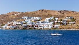 Άποψη Merichas, νησί Kythnos, Κυκλάδες, Ελλάδα Στοκ Φωτογραφίες