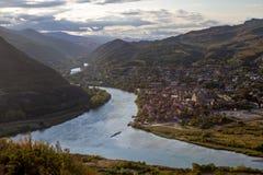 Άποψη Metztu, της Γεωργίας και της κοιλάδας από το μοναστήρι Jva Στοκ φωτογραφίες με δικαίωμα ελεύθερης χρήσης