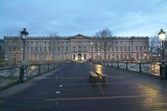 Άποψη Palais du Λούβρο από Pont des Arts Στοκ Εικόνα