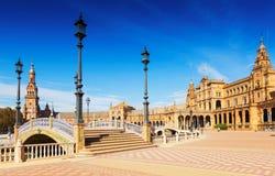 Άποψη Plaza de Espana με τις γέφυρες Σεβίλη Στοκ εικόνες με δικαίωμα ελεύθερης χρήσης