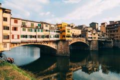 Άποψη Ponte Vecchio και του ποταμού Arno στη Φλωρεντία, Ιταλία Στοκ εικόνα με δικαίωμα ελεύθερης χρήσης