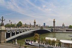 Άποψη ponts Alexandre ΙΙΙ Παρίσι στοκ φωτογραφία με δικαίωμα ελεύθερης χρήσης
