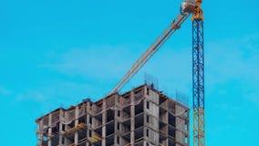 Άποψη Timelapse της οικοδόμησης κτηρίου ουρανοξυστών φιλμ μικρού μήκους