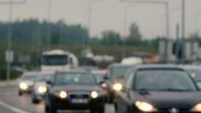 Άποψη Unfocused σχετικά με τα μποτιλιαρίσματα στη Λιθουανία, θολωμένη σκηνή απόθεμα βίντεο