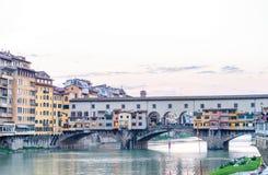 Άποψη Vecchio Ponte στη Φλωρεντία - την Τοσκάνη, Ιταλία Στοκ εικόνα με δικαίωμα ελεύθερης χρήσης