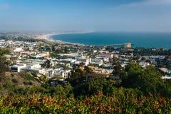 Άποψη Ventura και του Pacific Coast από το πάρκο επιχορήγησης, σε Ventur Στοκ Εικόνα