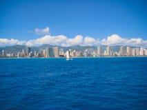 Άποψη Waikiki από τον ωκεανό Στοκ φωτογραφία με δικαίωμα ελεύθερης χρήσης